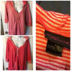 Torrid 4 reversible hooded sweatshirt pink stripe